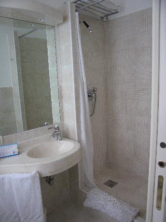 Vime Byron : bathrom
