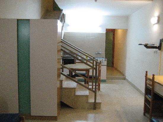 Burlington Apartments : Kitchen