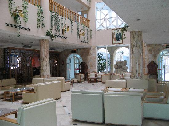 Royal Beach Hotel : Entrance Lobby Royal Beach