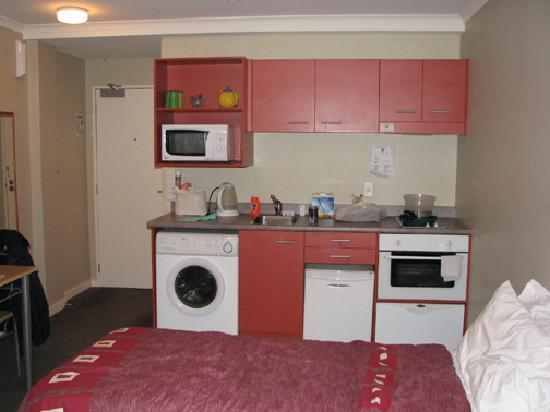 Aitken on Mulgrave: 1 twin bed & kitchen area