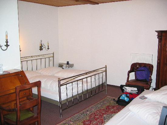 Hotel Laimer Hof: triple room