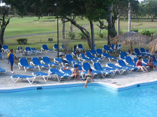 Occidental Caribbean Village Playa Dorada : piscine principale
