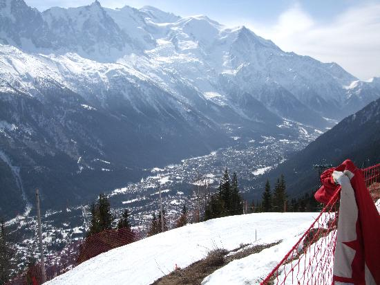 Club Med Chamonix Mont-Blanc: View of the town from the Hotel's mountain restaurant