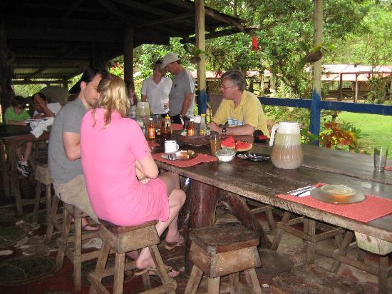 La Carolina Lodge : Communal meals