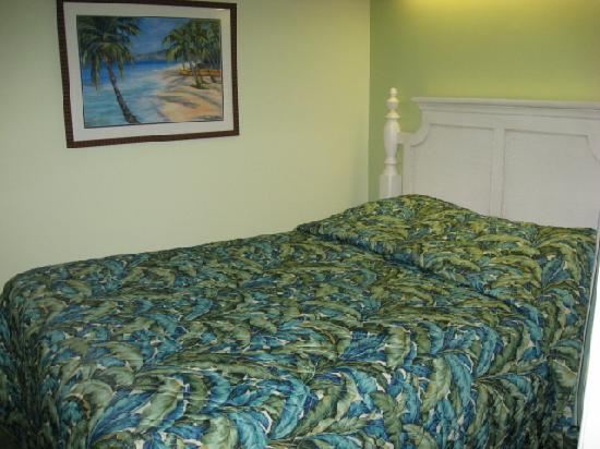 Peppertree by the Sea : Bedroom-1 BR unit