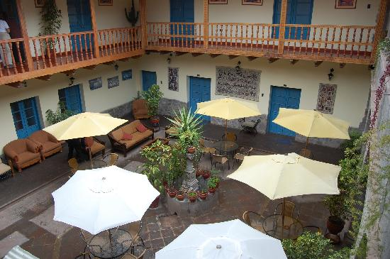 Tupac Yupanqui Palace Hotel : Courtyard
