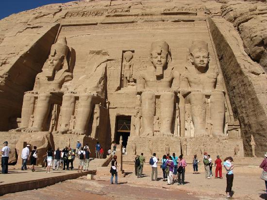 Abou Simbel : Ramses II Temple - Abu Simbel