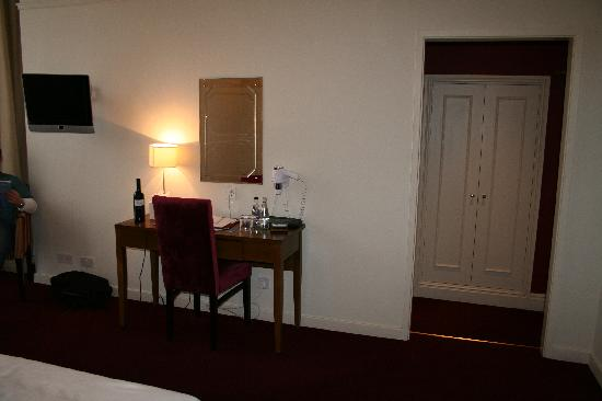 The Crown Hotel: Superior room 120