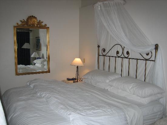 Sibonne Beach Hotel: Ocean-front room