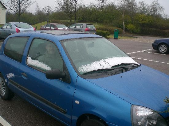 Holiday Inn Colchester: In the car park after the snow