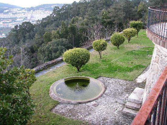 Casa dos Lagos: The garden