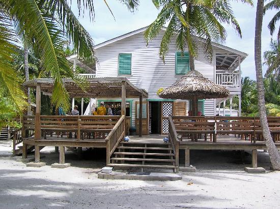 Pelican Beach - Dangriga