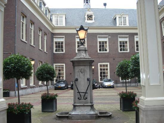 Sofitel Legend The Grand Amsterdam : Courtyard