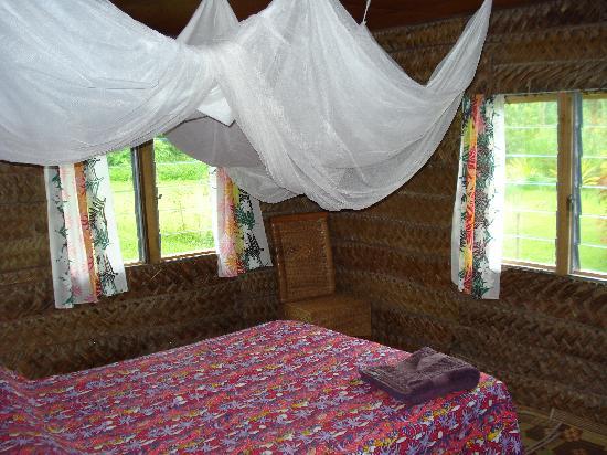Pangaimotu Island Resort: our room