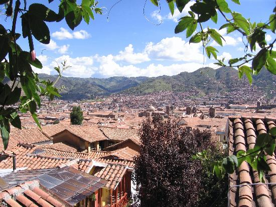 B&B-Hotel Pension Alemana: View of Cusco from the hotel