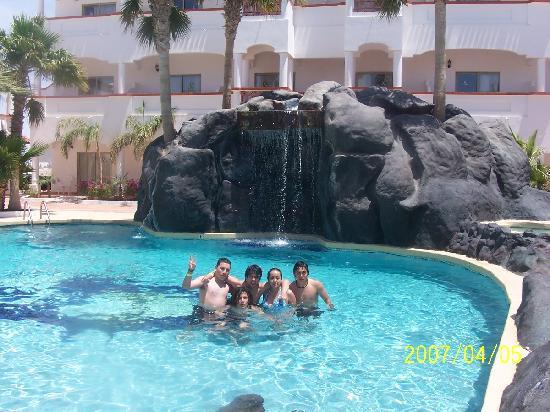 Best Western Laos Mar Hotel & Suites: la alberca con cascada super