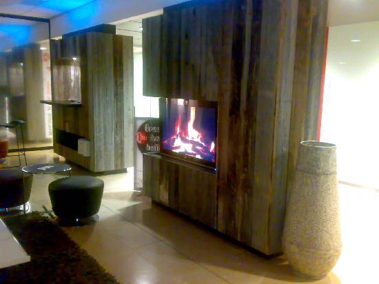 Qbic Hotel Amsterdam WTC: The