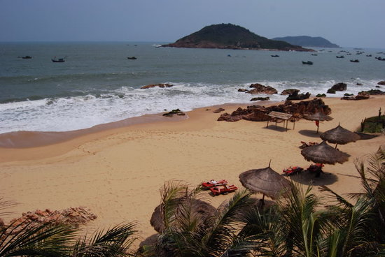 AVANI Quy Nhon Resort & Spa : Life Resort Quy Nhon beach view from 3rd floor