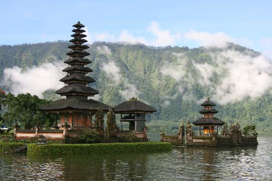 Grand Mirage Resort: Temple on the Lake