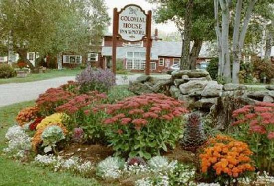 The Colonial House Inn & Motel: Springtime in Vermont
