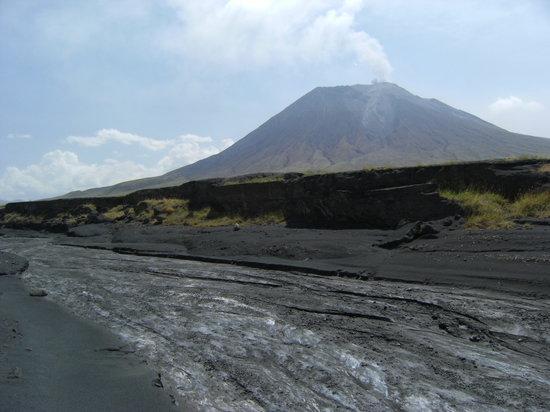 Arusha, Tanzania: the volcano
