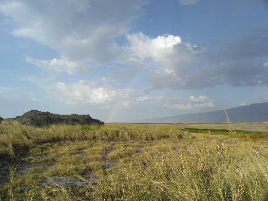 Ol Doinyo Lengai: tent with rainbow