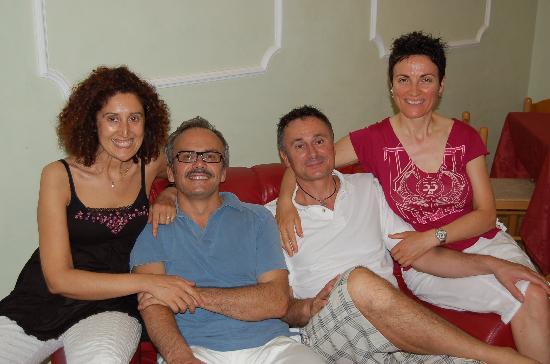 Hotel Villa Mauri : Familie Mauri, immer freundlich und hilfsbereit