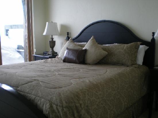 Newpark Resort & Hotel: Master bedroom