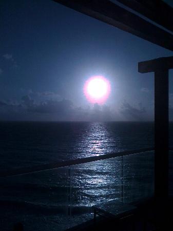 Sun Palace: Sunrise.