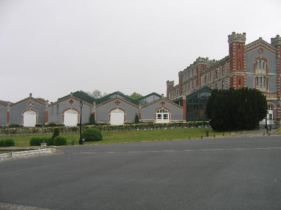 Champagnes Pommery: Pommery buildings