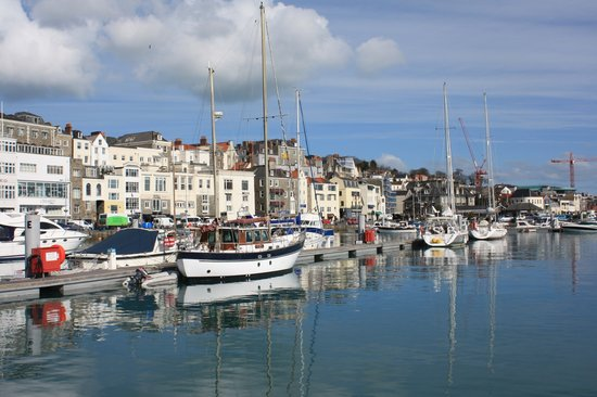 Guernesey, UK : Guernsey: St Peter Port Harbour