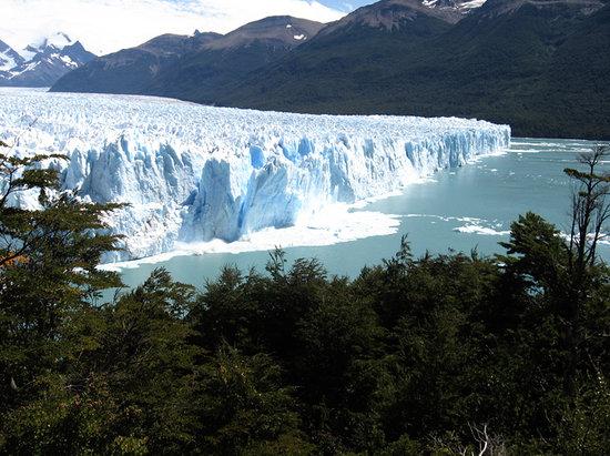 El Calafate, Arjantin: Magnífico desprendimiento en el Perito Moreno