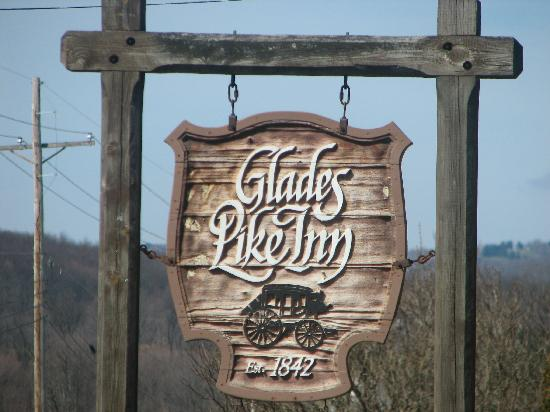 Glades Pike Inn: The Sign