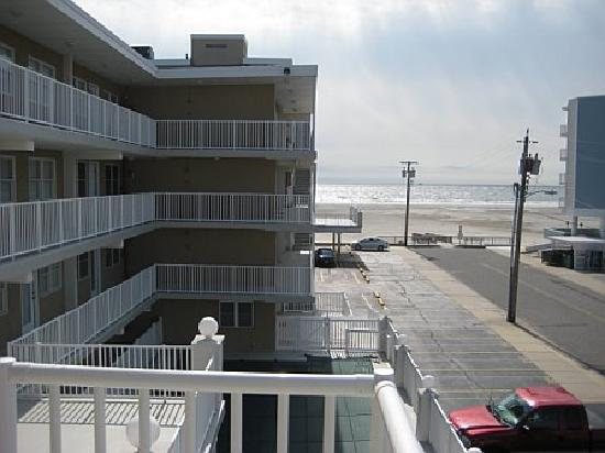 Summer Sands Condominiums : View from sun deck