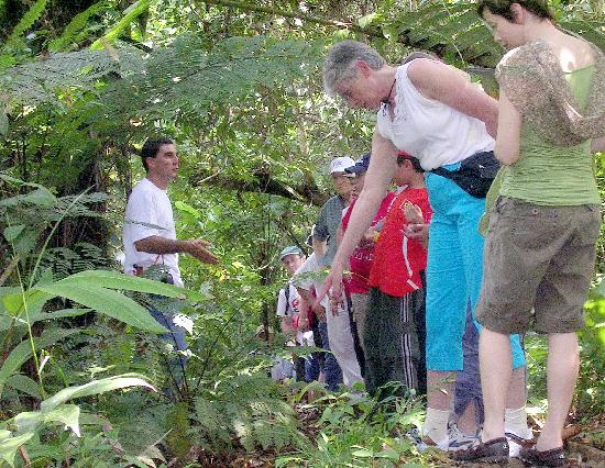 La Anita Rainforest Ranch: Visitors of Finca La Anita into the rainforest
