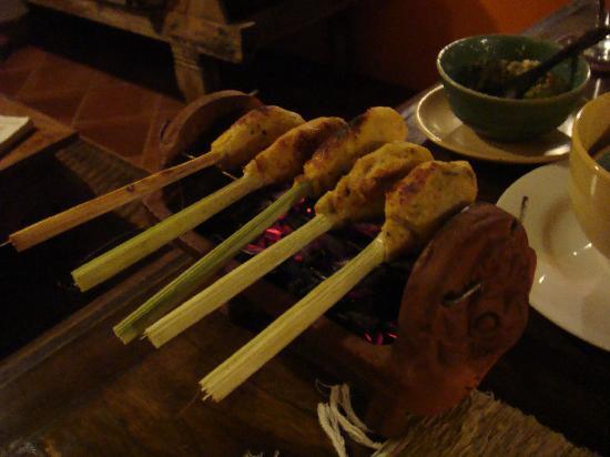 Sarinbuana Eco Lodge: Satay for dinner