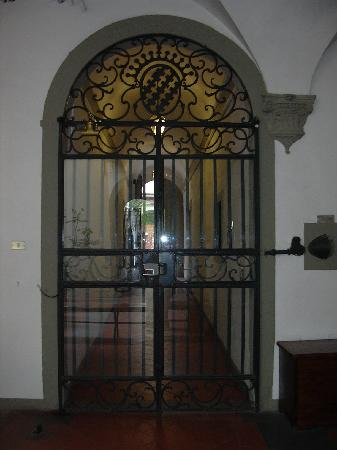 Entry to the Istituto Gould's palazzo