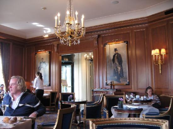 Four Seasons Hotel des Bergues Geneva : Bar