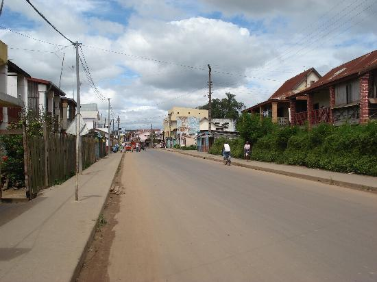 Main street through Moramanga