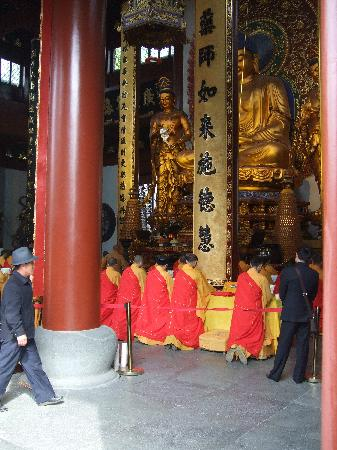 Hangzhou, China: Monks in Great Hall
