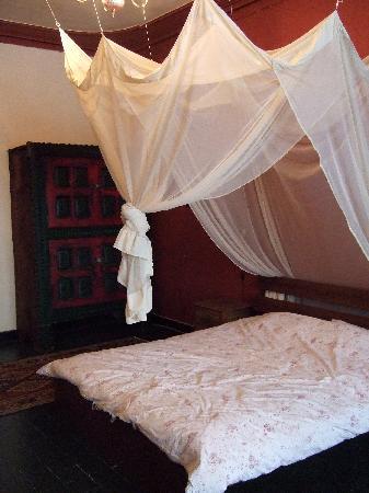 B&B Karavanserai: Bedroom