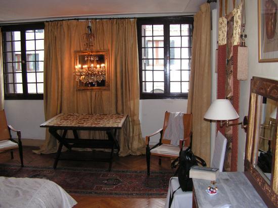 Palazzetto Barbaro  del Giglio: The room
