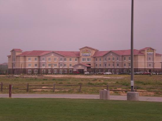 Holiday Inn Express Hotel & Suites Beaumont-Oak Valley: View from golf course nearby