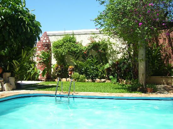 Hotel Casa del Balam: Casa del Balam pool