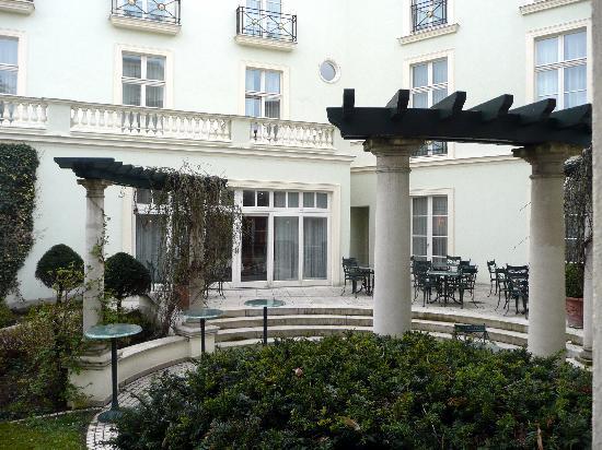 Hotel am Jägertor: Blick in den Innenhof