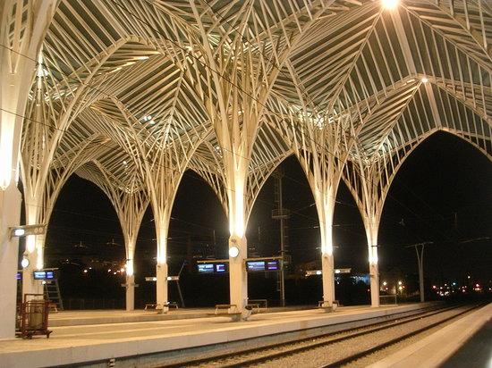 Lisboa a Noite : Lisboa, train station Oriente