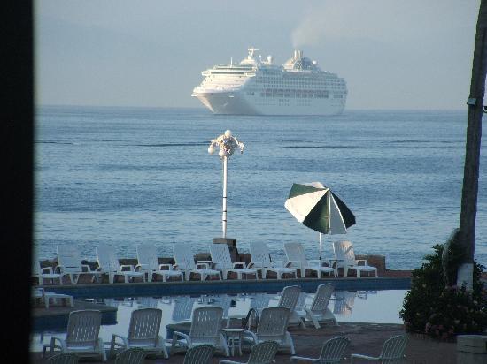 Vamar Vallarta All Inclusive Marina and Beach Resort: VIEW FROM VERANDA