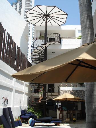 El Hotelito: Escaleras a los cuartos ya que no hay elevador