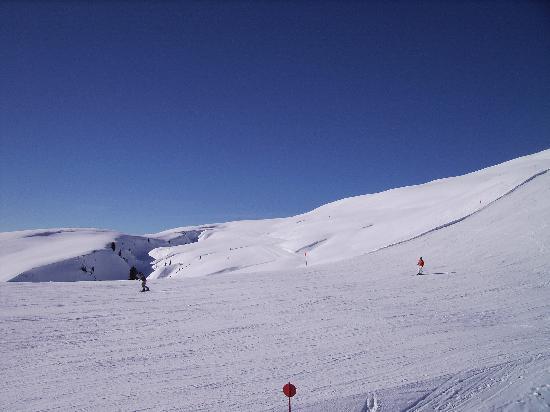 Hotel-Restaurant Bräu: Wide open empty slopes