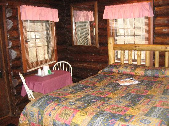 White Pines Inn: Cabin # 4 - from door